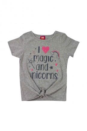 camiseta infantil feminina magic and unicorns com detalhe em no na camiseta